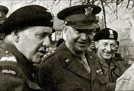 General Maczek with U.S. General Eisenhower